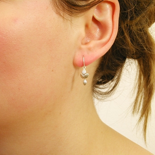 contemporary modern designer handmade bespoke jewellery silver drop earrings with silver drop EveE1-sil drop on model