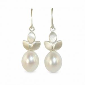 contemporary modern designer handmade bespoke jewellery silver earrings with pearl drops EveE1-Pearl drops-sil wedding