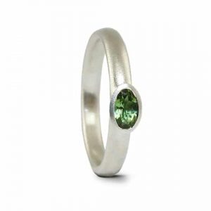 FCR-oval green/tour-sil - Jacks Turner contemporary silver green tourmaline ring