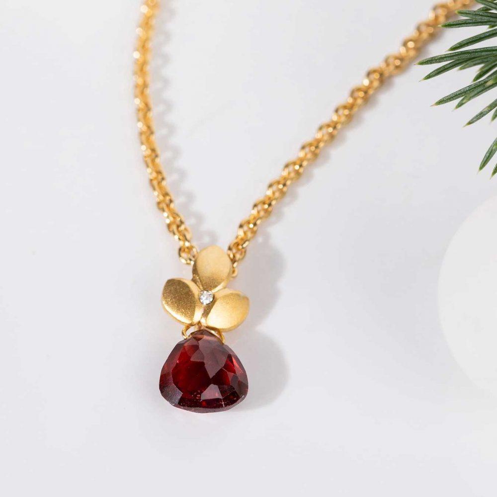 Valentines Gifts Contemporary Eve Garnet Necklace Handmade By Jacks Turner Jewellery Bristol Uk